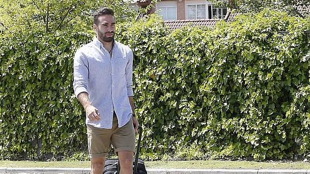 Carvajal, llegando a la concentración de la selección. Foto: Beatriz Guzmán