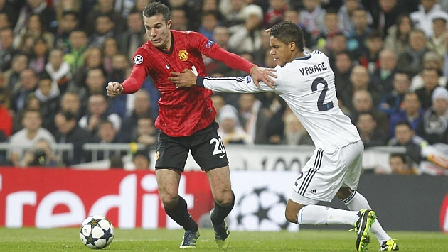 United looking to snag Varane