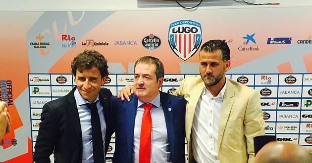Luis Milla, junto a Tino Saqués y Toni Otero