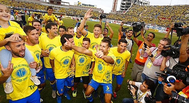 Las Palmas return to the top flight after thirteen years
