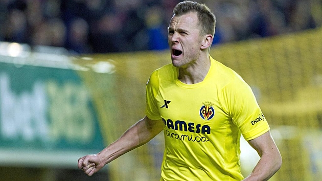 Cheryshev comes into play