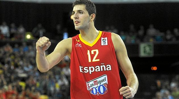 Nikola Mirotic jugando con la U20 de España