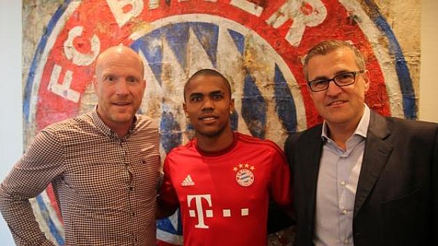El Bayern ficha a Douglas Costa por 30 millones de euros