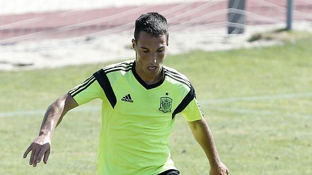 Borja García durante un entrenamiento con la selección española SUB-19