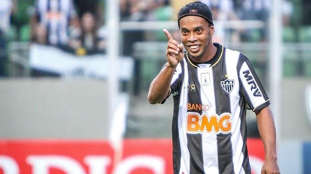 Ronaldinho confirma su llegada a Fluminense