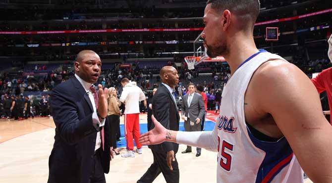 A los Clippers le costará 11 millones que el hijo del entrenador y presidente siga en el equipo