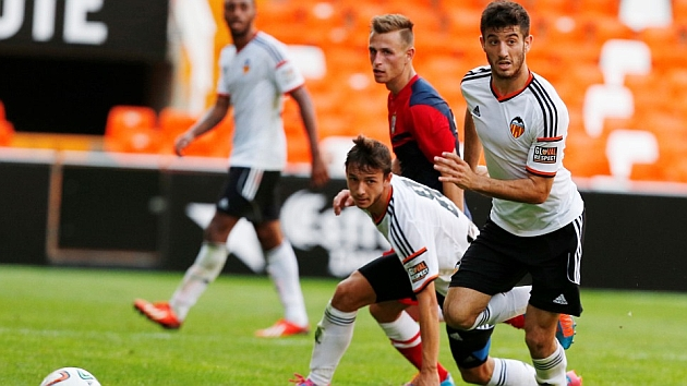 Nando, en un partido con el Valencia.