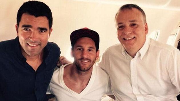 Messi and Deco visit Gabon