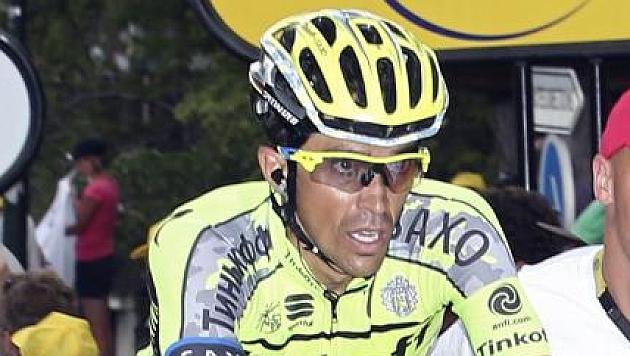 Contador falls out of Tour fight