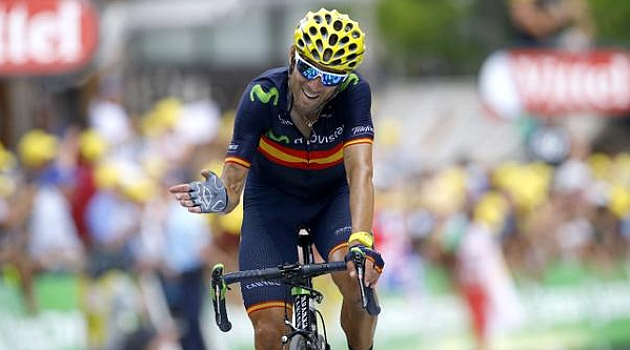 Valverde entrando en meta. FOTO: @PtelefonicaCol