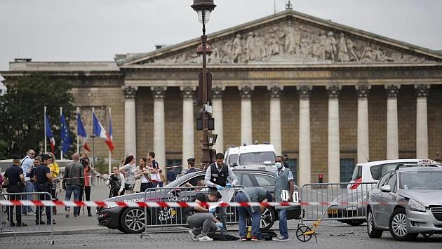 Gendarmes franceses, tras el incidente