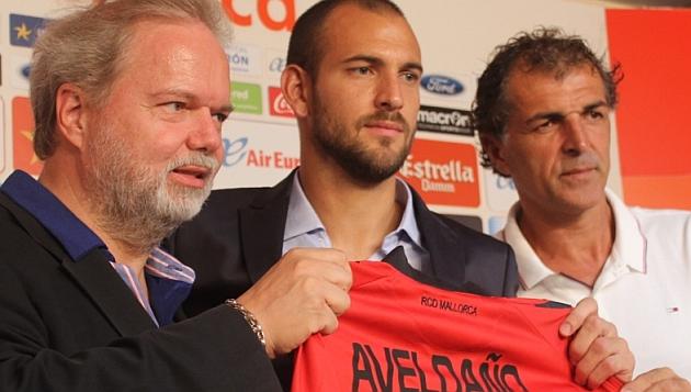 Lucas Aveldaño, presentado entre Claasen y Miguel Ángel Nadal