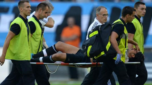 Khedira entra con mal pie en la Juve