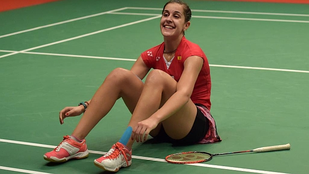 Carolina Marin celebra la victoria ante Saina Nehwal FOTO: AFP