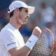 Murray se rebela y supera en un intenso duelo a Djokovic