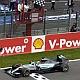 Hamilton barre, Vettel se cae del Mundial