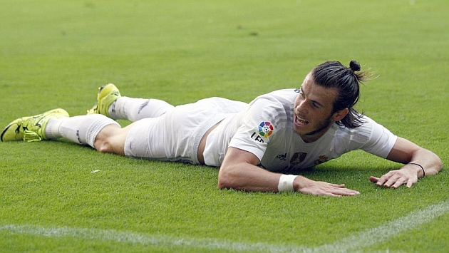 Bale undergoes medical tests to rule out broken bone