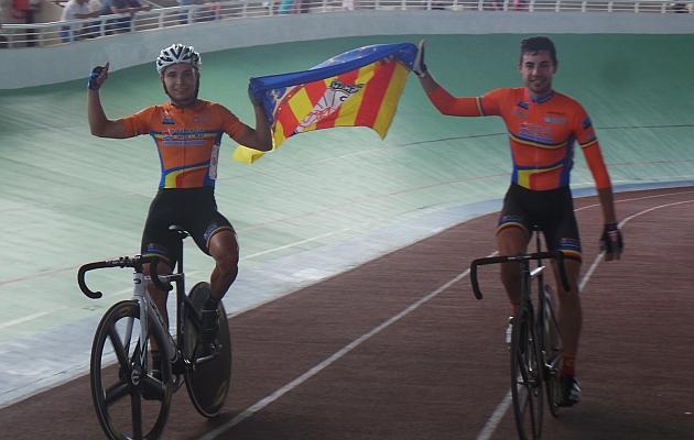 Los ganadores del Madison, Mora y Amores (C. Valenciana=. Foto: RFEC.com