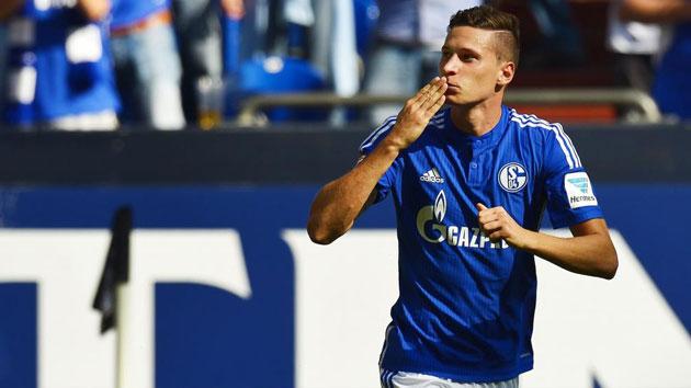 El Wolfsburgo ficha a Dante y negocia por Draxler