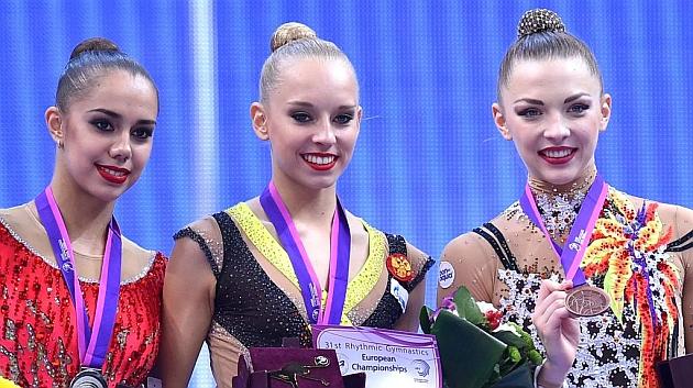 Mamun, Kudryavtseva y Staniouta, en el podio del último Europeo. Foto: AFP (03/05/15)