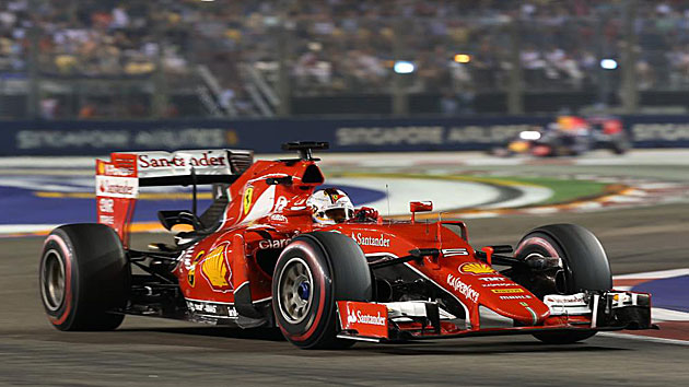 Vettel on song in Singapore
