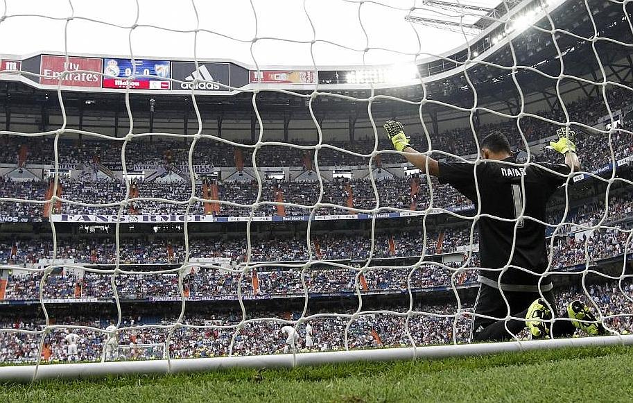 Keylor Navas, antes del inicio del partido frente al Málaga