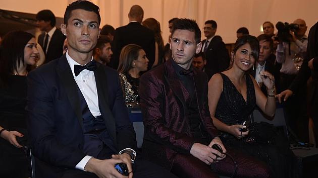 Cruyff: Messi vs Ronaldo? You can't build a team around Cristiano