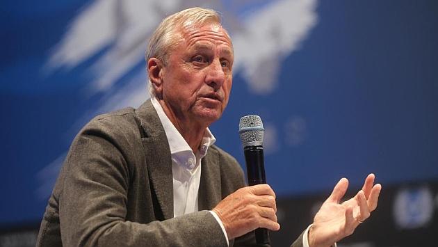 Cruyff, en un momento de su intervención. Foto: Aspire