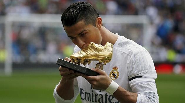 522645881a Cristiano Ronaldo ofrece a la afición su cuarta Bota de Oro - MARCA.com