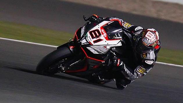 Jordi Torres, bajo los focos de Losail (Aprillia Racing)