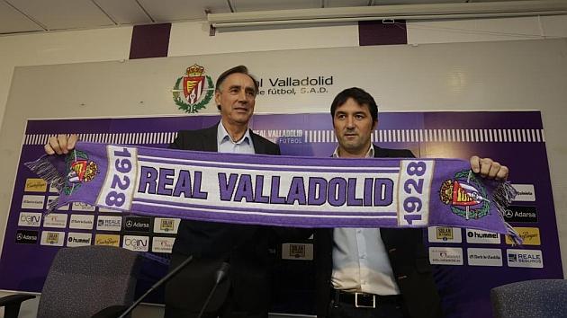Miguel Ángel Portugal, durante su presentación junto a Braulio