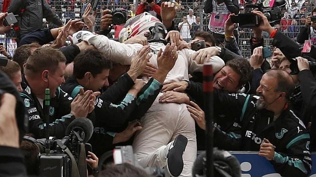 Hamilton, tricampeón del mundo
