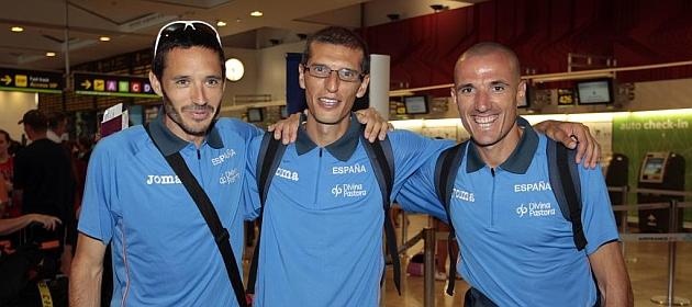 Rafael Iglesias, Pablo Villalobos y Chema Martínez, antes de viajar al Mundial de 2011.