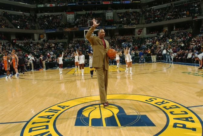 Daniels, en un homenaje de los Pacers en 2004.