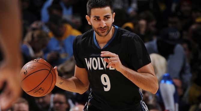 Un multidisciplinar Ricky lanza a los 'invictus' Wolves y el nº1 del draft ejecuta