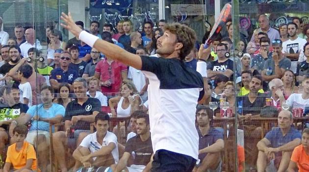 Juan Carlos Ferrero, en un encuentro de pádel.