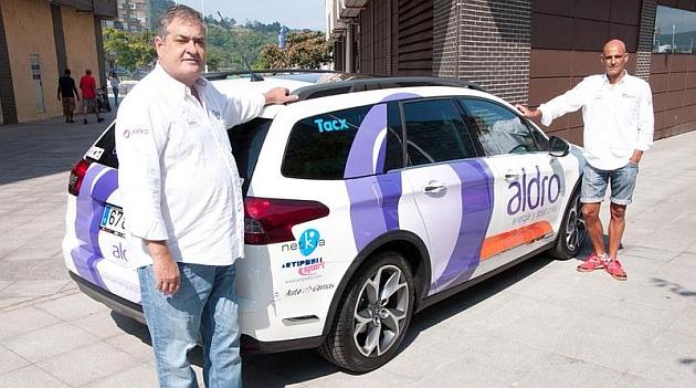 Manolo Saiz y Herminio Díaz Zabala en un acto del Aldro Team en Comillas. / AldroTeam