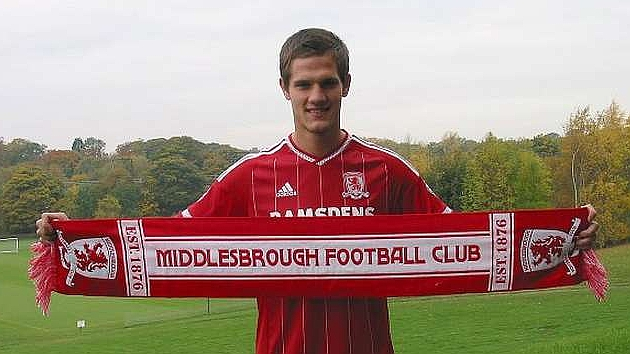 Zuculini seguirá en el Middlesbrough hasta enero