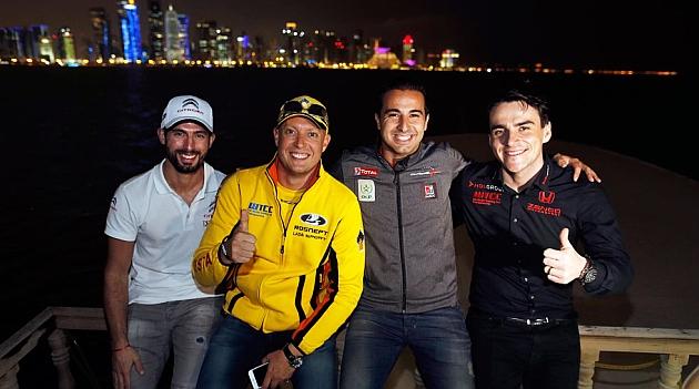 Pechito López, Rob Huff, Mehdi Bennani y Norbert Michelisz, anoche en Doha