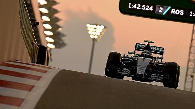 Rosberg se lleva el último libre del año
