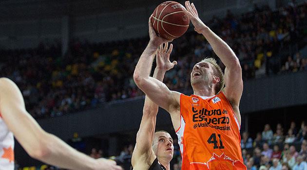 La ACB se rinde al Valencia y premia a Pedro Martínez y Justin Hamilton como mejores del mes