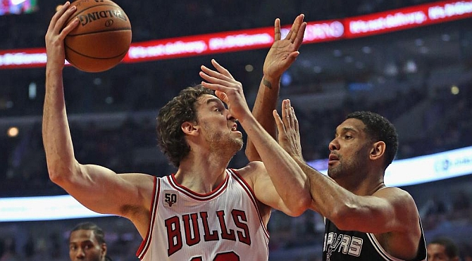 Pau Gasol es el héroe de los Bulls para aniquilar a los Spurs