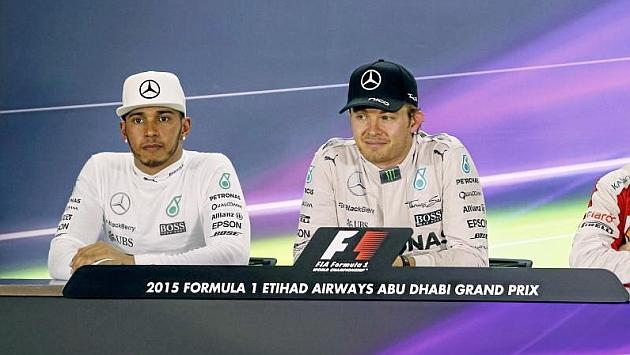 Mercedes abre la puerta a un cambio de pilotos