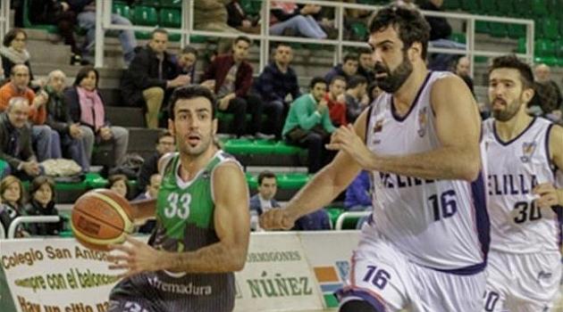 Luis Parejo acaba con un mes de imbatibiliad del Melilla