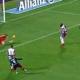 Andrés retrasa un poco más el gol 100 de Torres