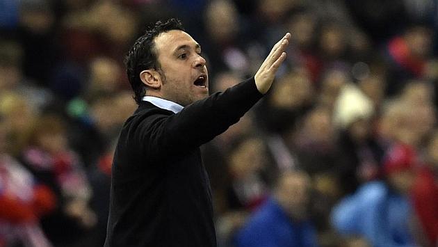 Sergio González da instrucciones en el encuentro ante Atlético de Madrid. Foto: Gerard Julien (AFP).