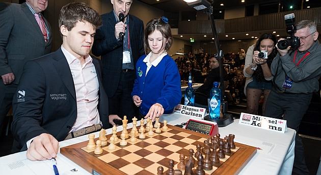 Carlsen sigue sin ganar una partida