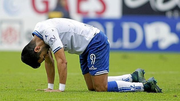 Ángel se lamenta en el encuentro ante el Valladolid. Foto: Toni Galán (MARCA).