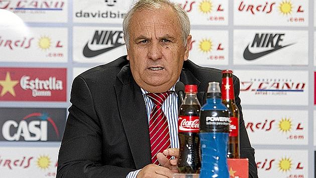 Alfonso García Gabarrón, durante una rueda de prensa