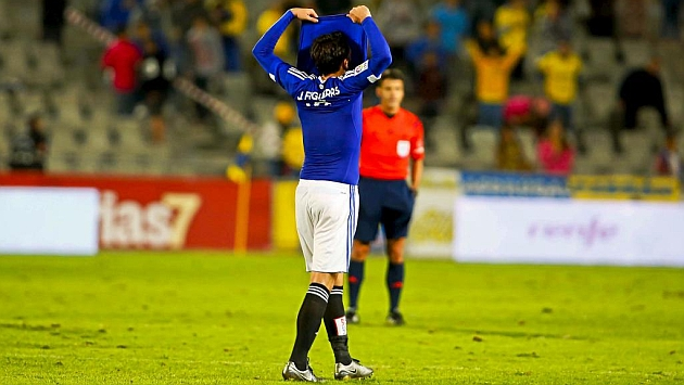 Jordi se tapa la cara con la camiseta tras la derrota | Foto: Gerardo Ojeda